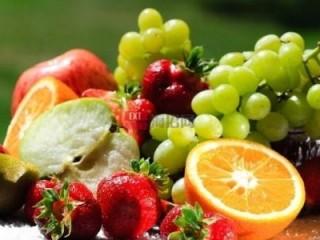 分析开一家水果店所需投资成本