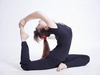 哈他瑜伽是一种针对高血压和压力管理的体式