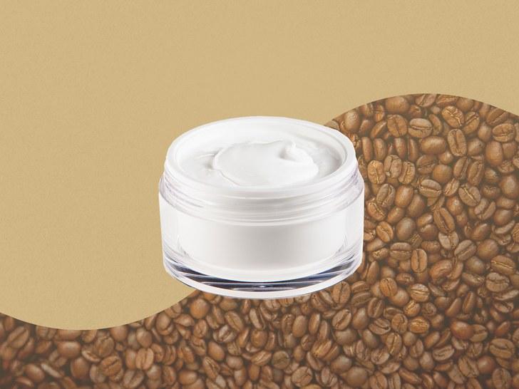"""咖啡因并不能真正""""唤醒""""你你的皮肤,但它可能有别的作用"""