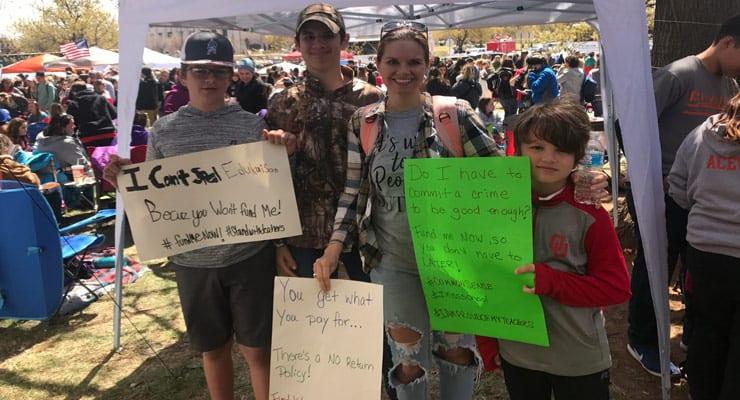 教师罢工:我们的教师罢工,不是为了孩子,而是为了孩子