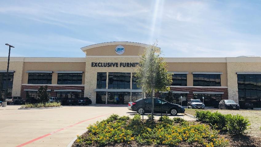 exclusive, store exterior 3-2019