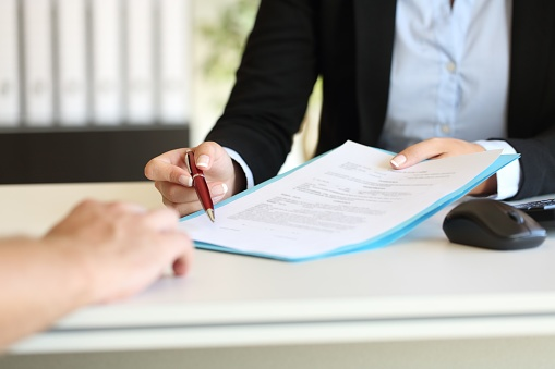 Signing a Franchise Agreement