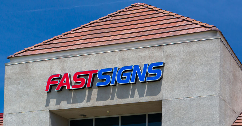 Fastsigns Inks a 12-Location Master Franchise Deal for France and Monaco