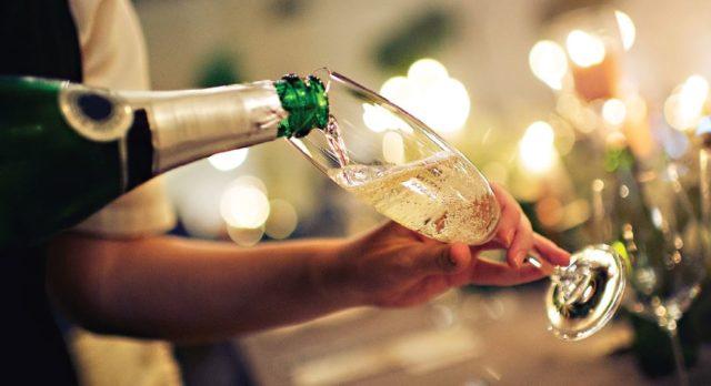 圣诞零售综述:圣诞酒的销售把Lidl的销售额推到了两位数