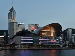 香港限制公众集会,不暂停酒类销售