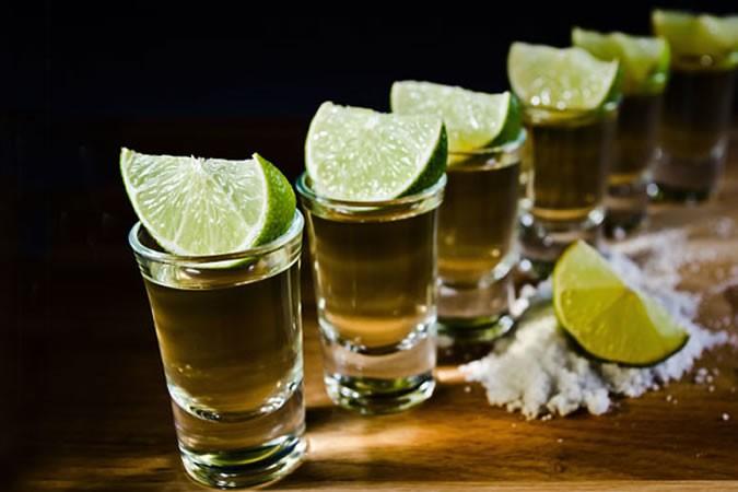 龙舌兰酒的力量:澳大利亚人可以用龙舌兰酒作为生态燃料和洗手液