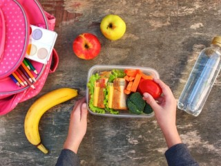 儿童用品:5个孩子会喜欢的健康午餐盒