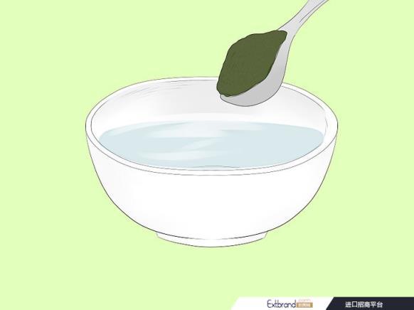 将灰白头发染成黑色的简单方法(附图)