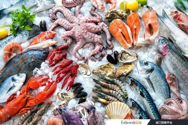 How can seafood brands capitalise on escalating demand for online shopping? GettyImages/AlexRaths