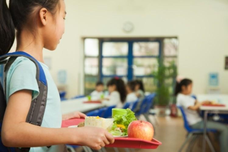 儿童食品安全:韩国公布了禁止在学校食用的高热量、低营养、高咖啡因食品清单