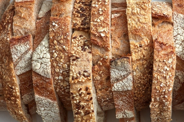 Innovative bread formulations can help co<em></em>nsumers attain their health and wellness aims. Pic: GettyImages/artJazz